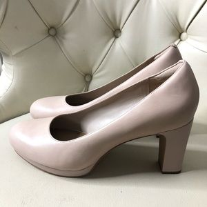 Clarks Nude Leather Pump Heels Shoes